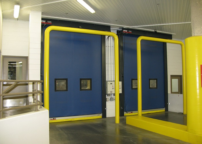 turbo-seal-food-distribution-cold-storage-blue-panel-high-res